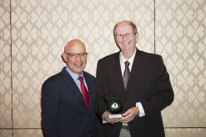 Dan Kent receiving the 2015 John Zalcberg Award